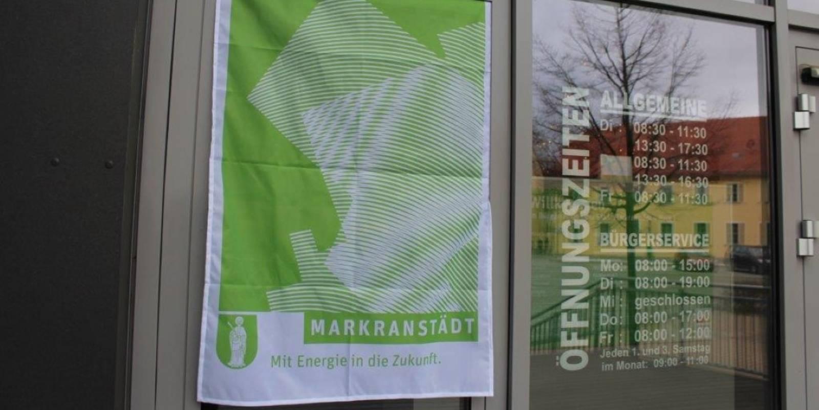 Wetterfeste Stadt Markranstädt Fahne mit den Maßen 75 x 110 cm für 15 Euro