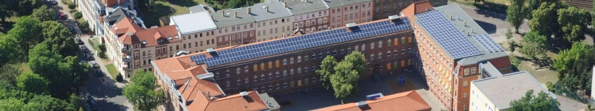 photovoltaikanlage schulkomplex